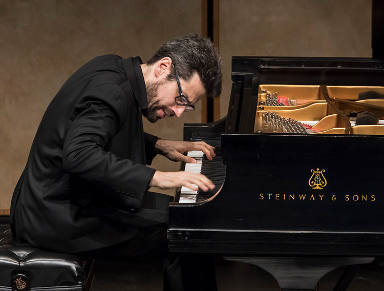 Jonathan Biss performing Beethoven's Sonata in G Major for Violin and Piano, Op.96 - CAMA Santa Barbara 10/17/16 Lobero Theatre