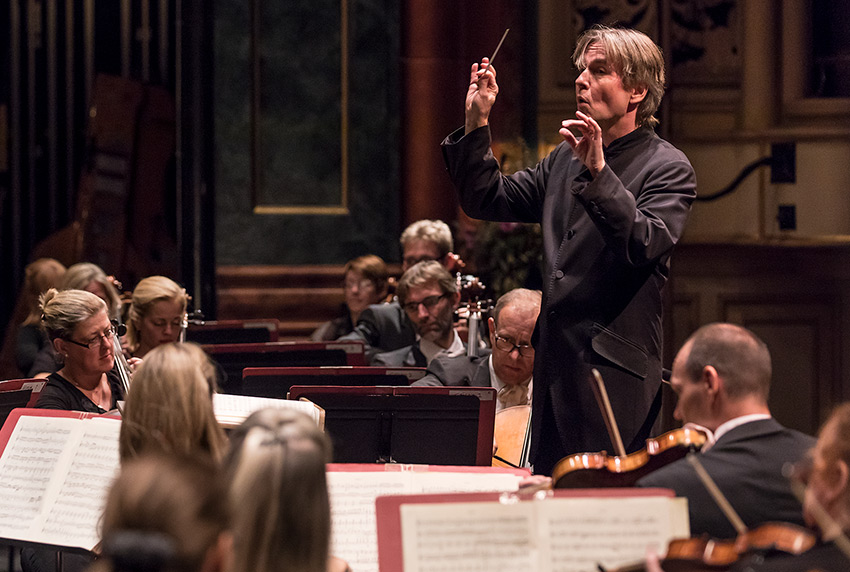 Esa-Pekka Salonen conducts the Philharmonia Orchestra - CAMA Santa Barbara 10/6/16 Granada Theatre