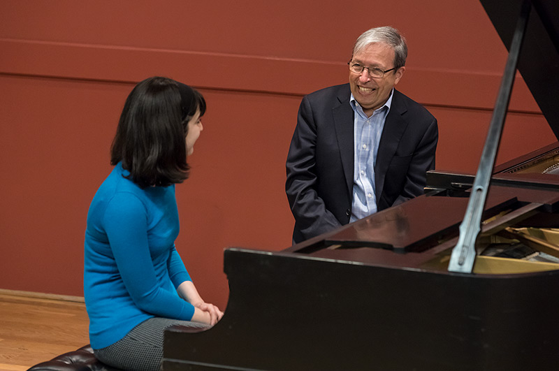Photo of Murray Perahia & UCSB student